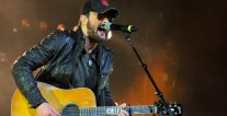 ERIC CHURCH THUMB.jpg
